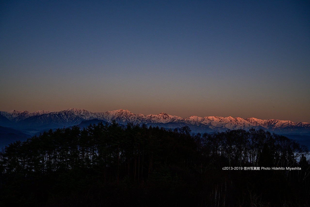 後立山連峰のモルゲンロート