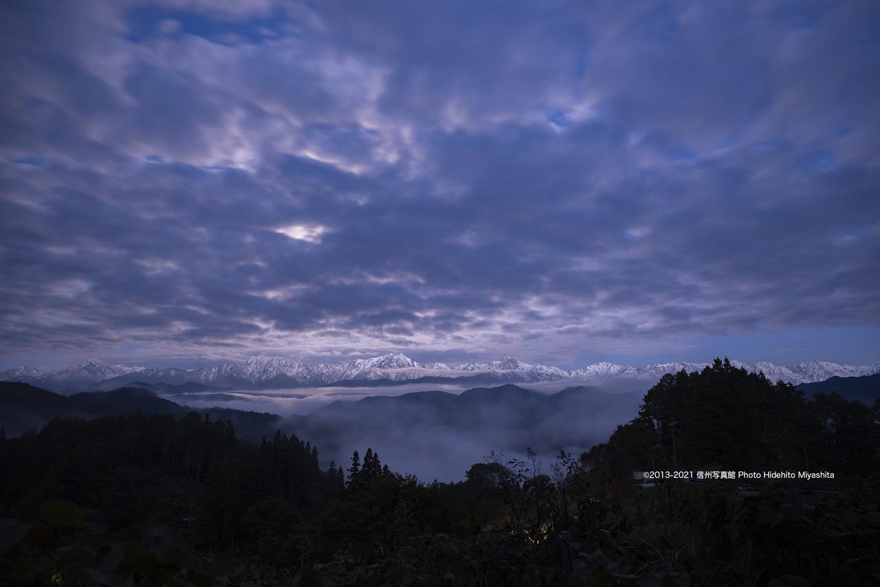 夜明け前の後立山連峰_20211022-_DSC7254-2