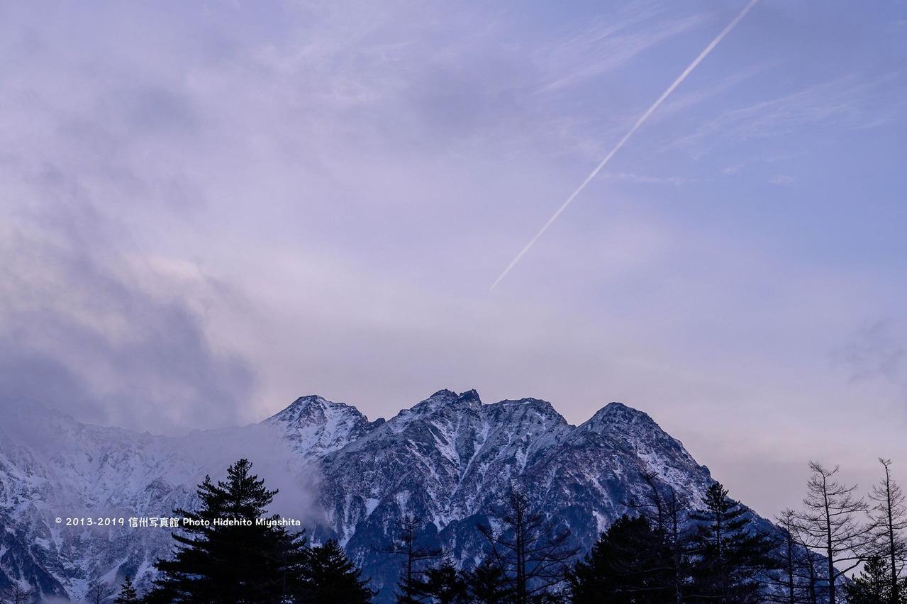 薄明の明神岳