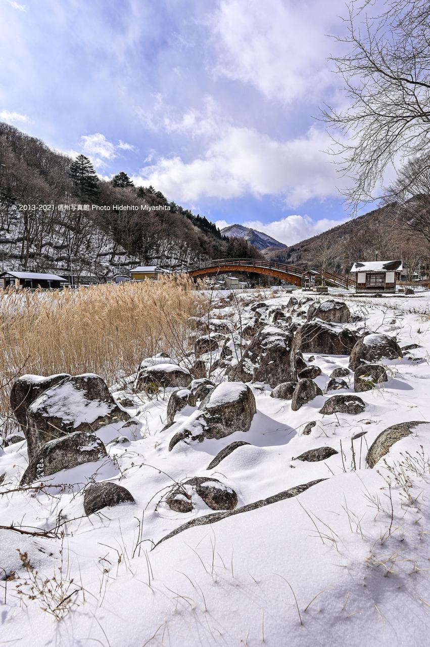 雪景の奈良井大橋_20210110-_DSC6420