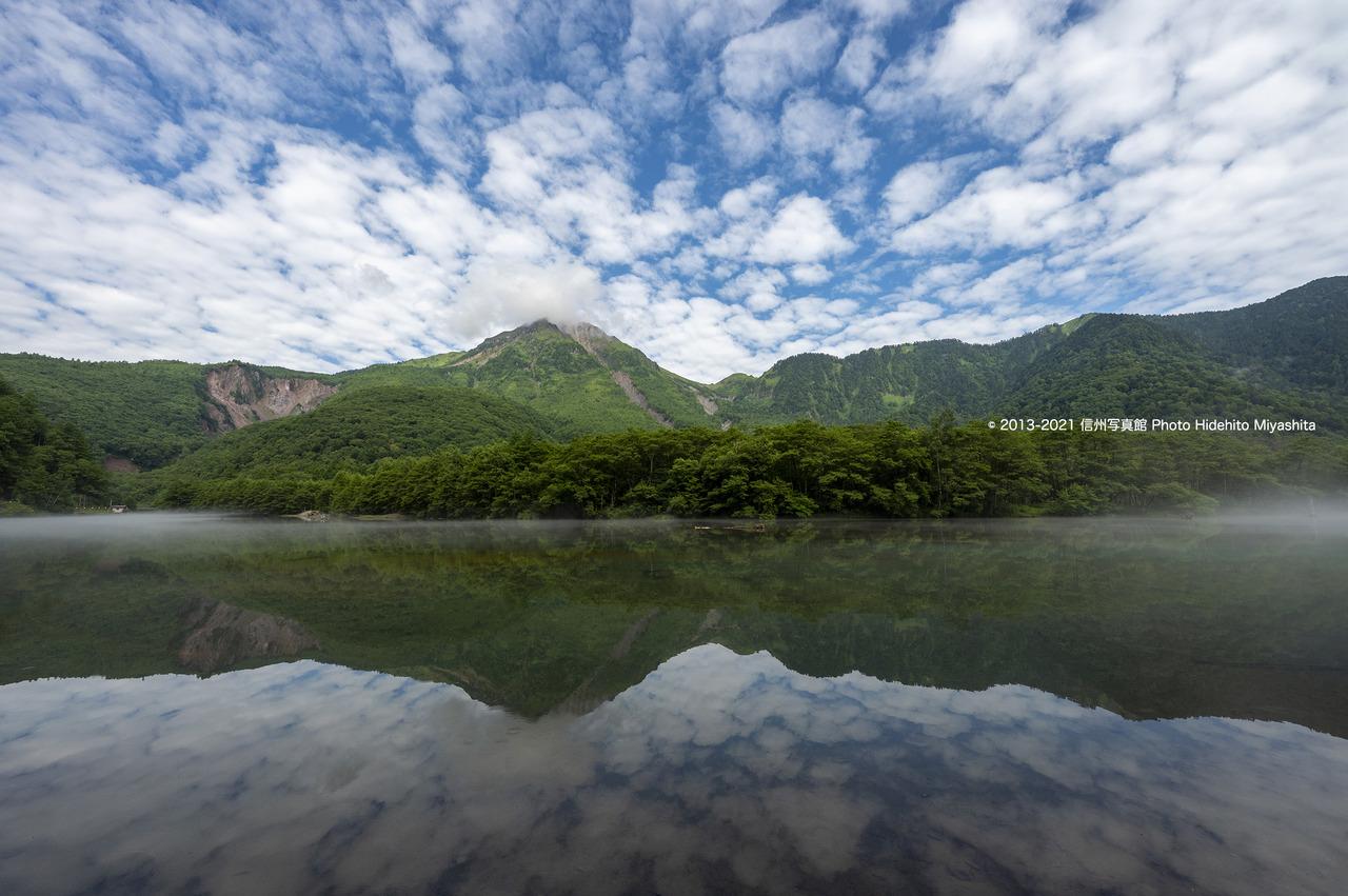 うろこ雲と焼岳20210731-_DSC5025
