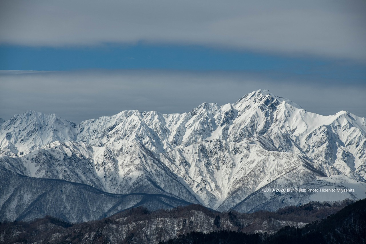 冬の五竜岳