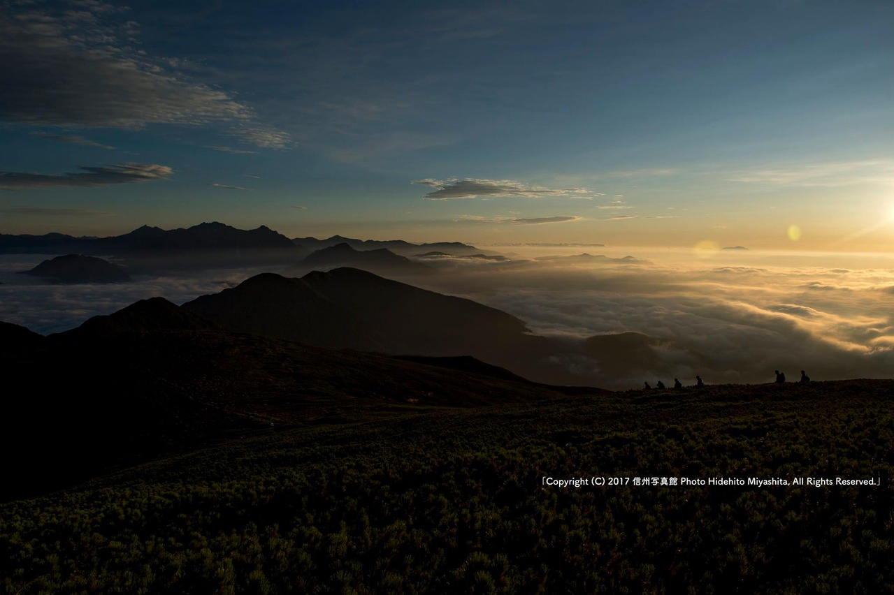 夜明けの乗鞍岳