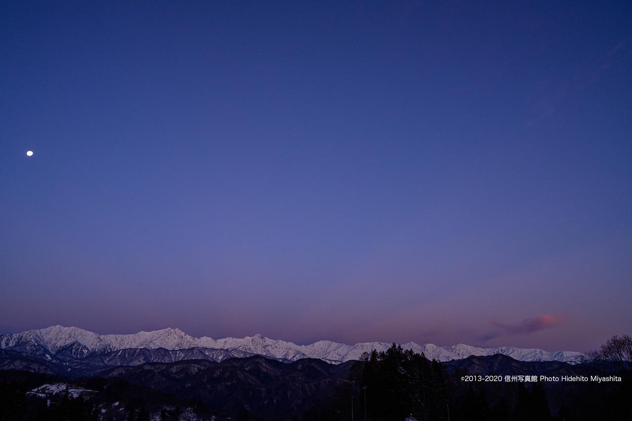 夜明けの色合い_20200212-_DSC7943