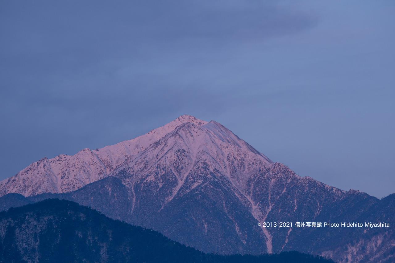 常念岳を染めて_20201229-_DSC7096
