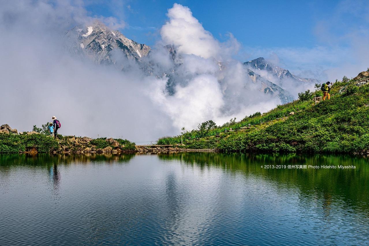 雲と白馬三山