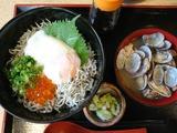 釜揚げしらす丼+あさり汁@魚食堂たわら