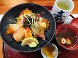 いくら入り海鮮丼@喜船