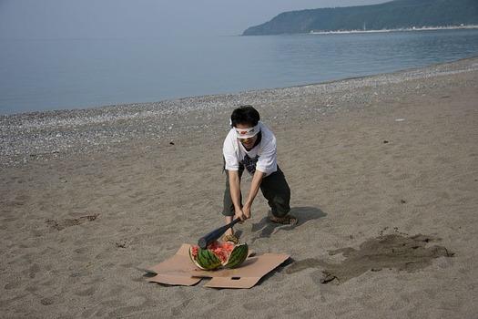 800px-Summer_Event_of_Japan_Suikawari
