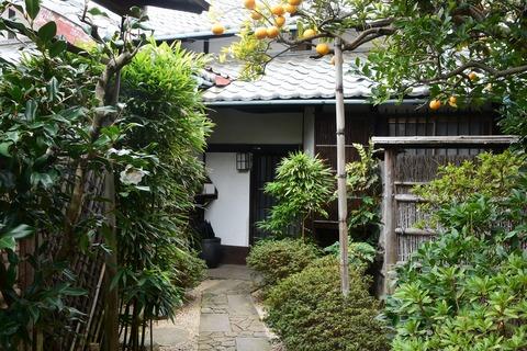 旧山川秀峰・方夫邸の建築上の魅力を読み解く。