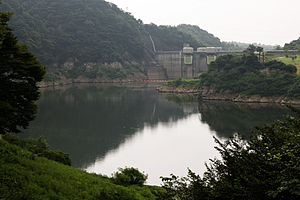 300px-Shiobara_dam_01