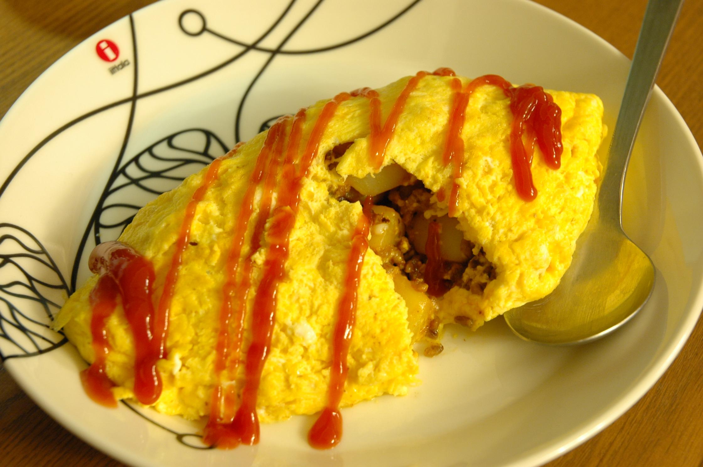 オムレツ ひき肉 入り ひき肉入りオムレツの基本レシピ!具材をプラスしてアレンジも簡単!