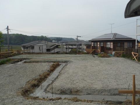 新築建築時のシロアリ予防工事土壌処理1