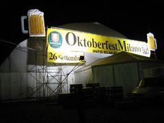 081008 Oktoberfest-Milano01