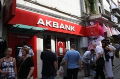 AKBank03