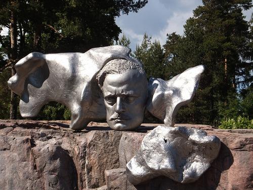�ヘルシンキ・シベリウス像