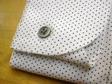 水玉のシャツ02