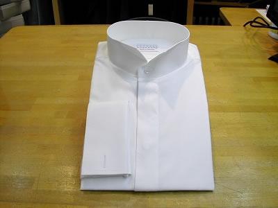 ウイングカラー+ダブルカフスのシャツ