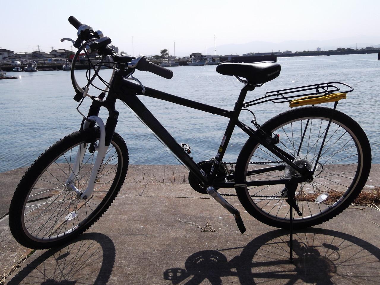 ちと私の自転車を撮影して ...