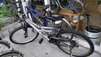 旧自転車  2012-05-07 13-16-04