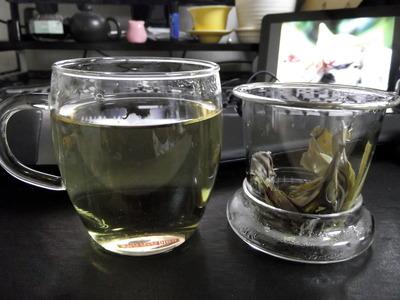苦丁茶 2012-07-23 18-08-24