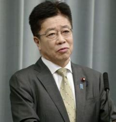 中国に肛門PCR免除要請 官房長官「心理的苦痛」