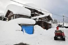 大豪雪で50時間立ち往生、「電気自動車」ならどうなった? 暖房は30時間が限界、凍死の危険も