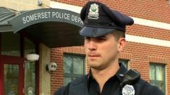スーパーで窃盗の通報を受けて出動した警察 逮捕どころか犯人にお金を渡す意外な理由 米・マサチューセッツ州