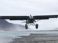 ゼロメートル着陸。着陸滑走ゼロで着陸してしまう飛行機の映像が面白い。