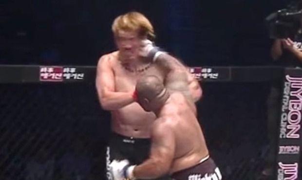 【動画】 チェ・ホンマンがまたもマイティー・モーに一発KO負けの瞬間!!