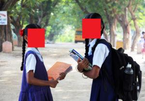 【閲覧注意】路上でグッチャグチャになってる女子高生2人が発見される…(動画あり)