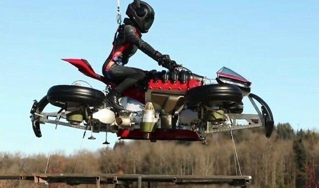 ついに「空を飛ぶバイク」が開発されてしまう!!空陸両用バイク!!