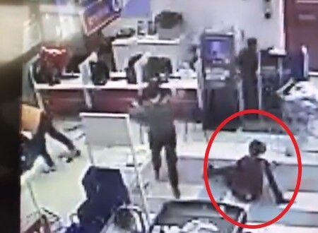 【衝撃】スーパーでマスク着用を拒否した男、揉めて暴力を振るいセキュリティが発砲→従業員に当たり死亡