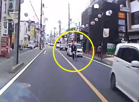 埼玉の桶川駅前に出没するという自転車に乗ったホスト風の当たり屋がこちら。