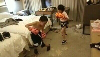 「【狂気】子供に格闘技をやらせてる親の頭がおかしいと話題の動画」 ほか