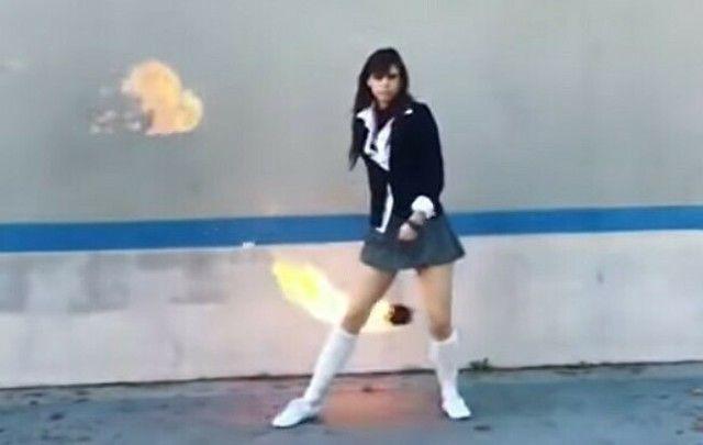 【動画】 炎の殺人ヨーヨーを使うキル・ビルのゴーゴー夕張が現れた!!