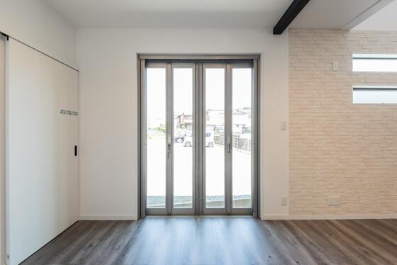 室内外の空間がつながる、全開口サッシのオープンウィン(LIXIL OPEN WIN/FOLDING)