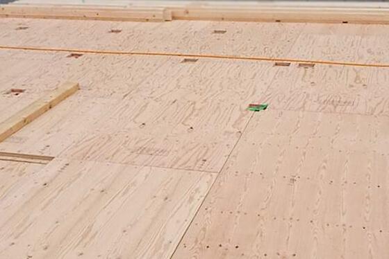 構造用合板を施工