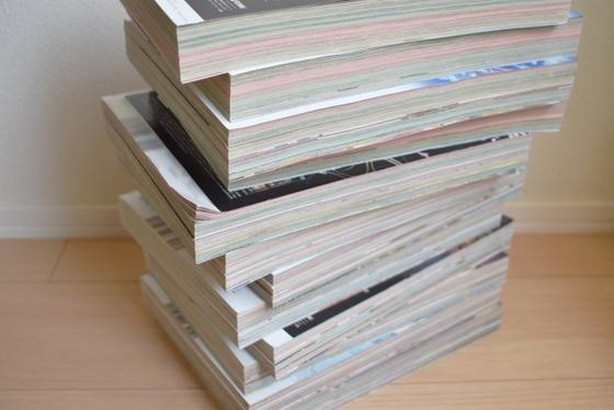 積読したまま放置される本や雑誌