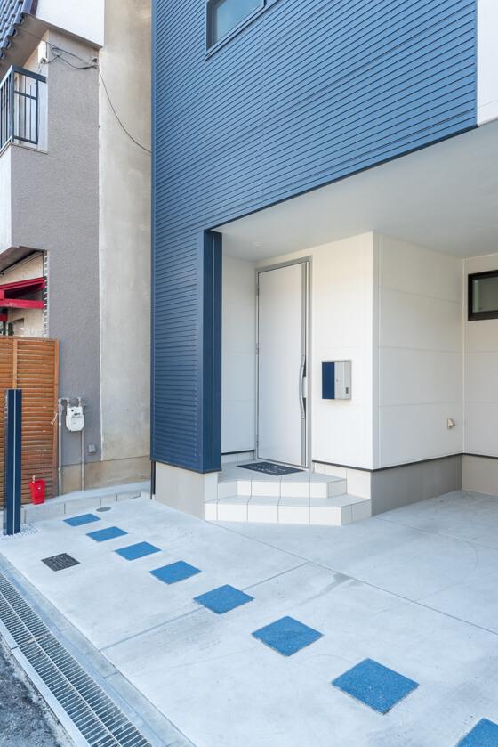 玄関ドアはジエスタS22型