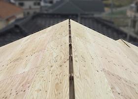 軒換気対策を施した屋根