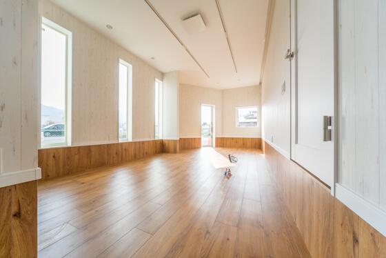 コチラは1階のフリースペース。ご主人の夢をかなえる近未来のお部屋