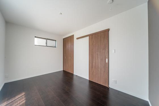 6.7帖の洋室。寝室として活用されます