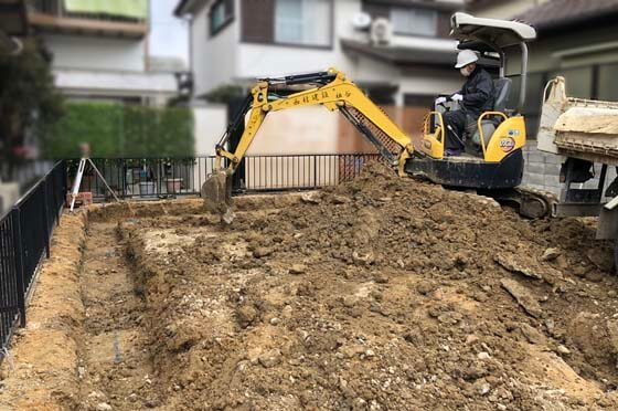 掘り方という作業から基礎工事はスタート