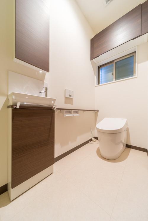 トイレはTOTOのネオレスト