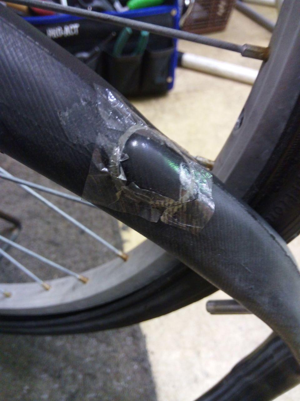 自転車 パンク 修理