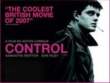 映画『コントロール』