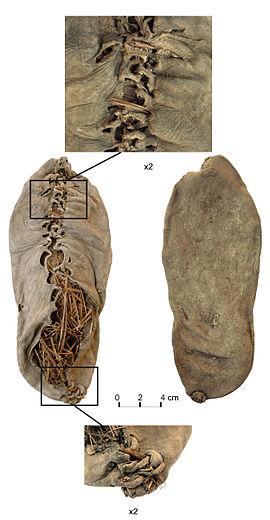 5500年前の革靴