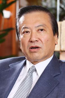 小川賢太郎