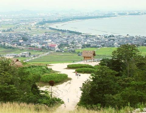 Mukibanda_remains_western_hill_at_Donohara_area